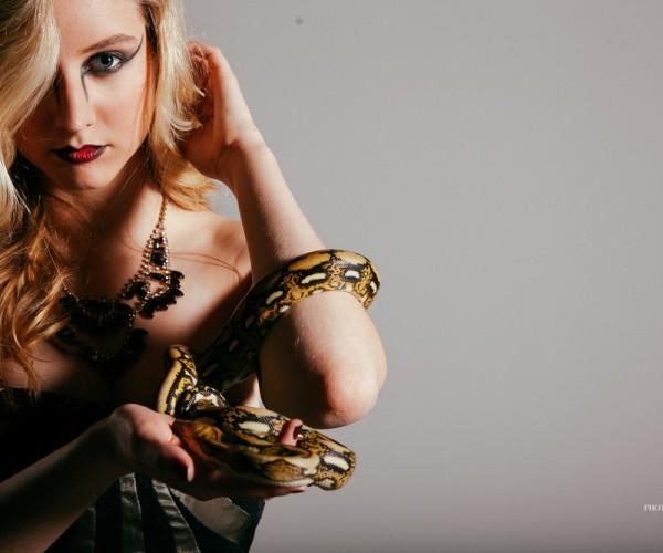 Mary Kate + Snake